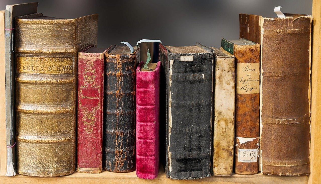 Motyw zaświatów w literaturze i malarstwie na przestrzeni wieków